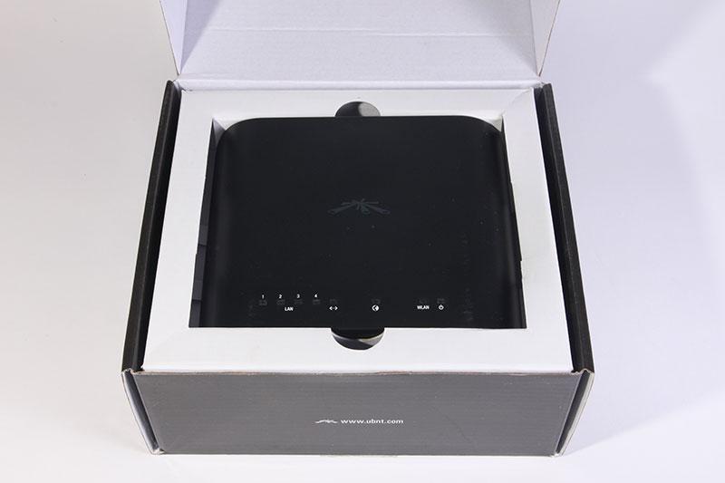 Ubiquiti AirRouter-HP упаковка